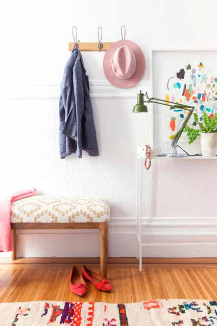 http://ohhappyday.com/2014/10/4-tips-for-an-entryway-makeover/
